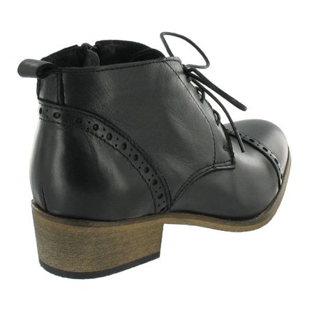 Marta Jonsson Brogue lace up ankle boots