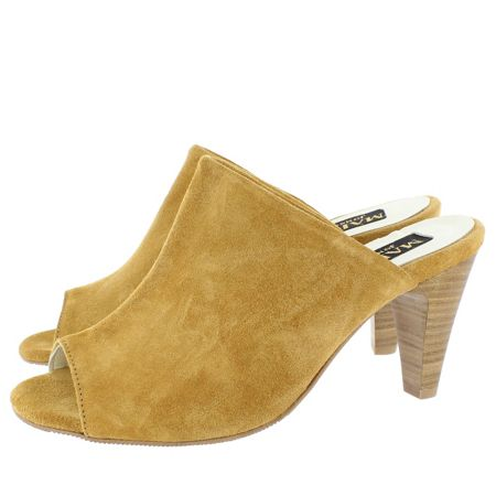 Marta Jonsson slip on high heeled shoe