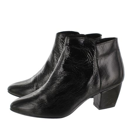 Marta Jonsson Patent leather ankle boots