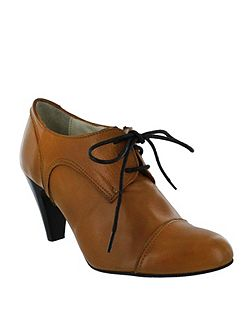 High heeled lace up shoes