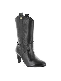 Western style calf boots