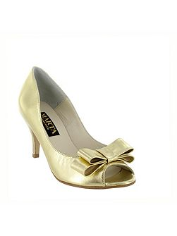 Women`s peep toe court shoe