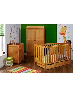 York Nursery Set - Pine