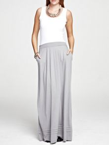 Maxi skirt with pintucks in clever fabric