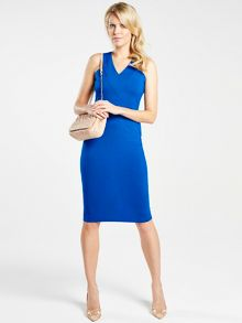Sleeveless dress with v neck detail with unique C