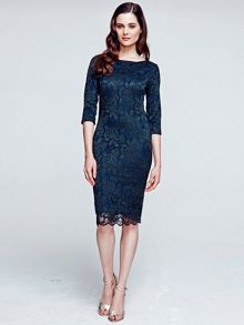 Long Sleeved Lace Dress With Thinheat