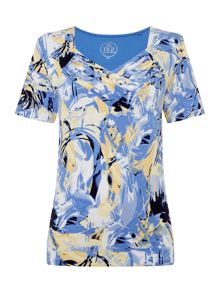 TIGI Gathered V Neck All Over Print Top