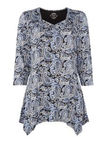 TIGI Sweetheart Neck Paisley Print Top