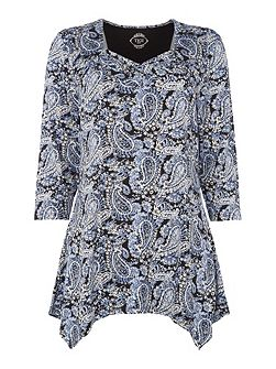 Sweetheart Neck Paisley Print Top