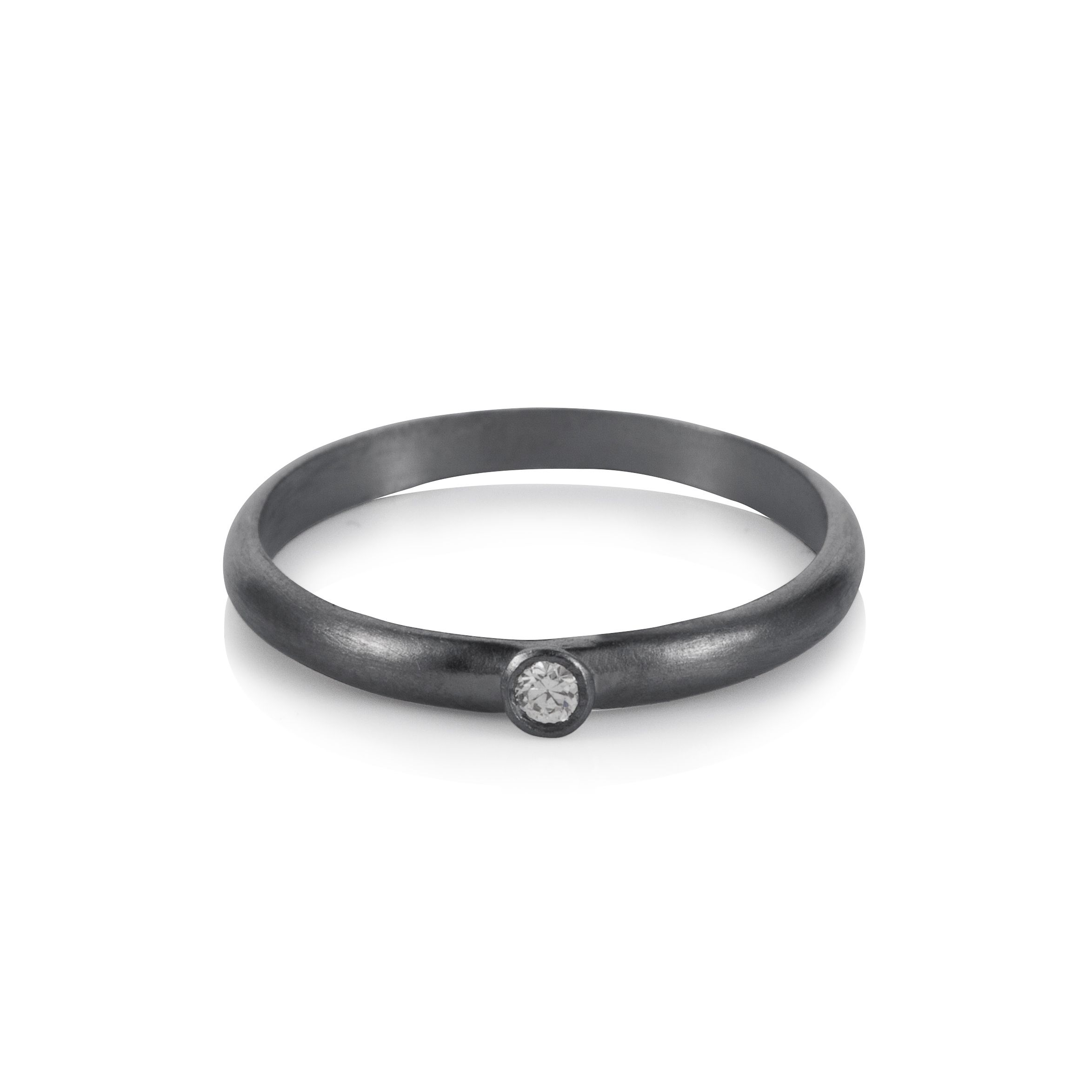 Sterling silver black rhodium plated solitaire ch