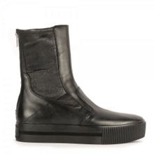 Kick stretch leather boots