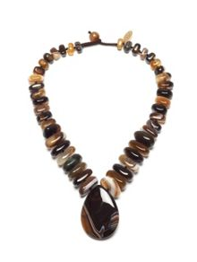 Akindi necklace