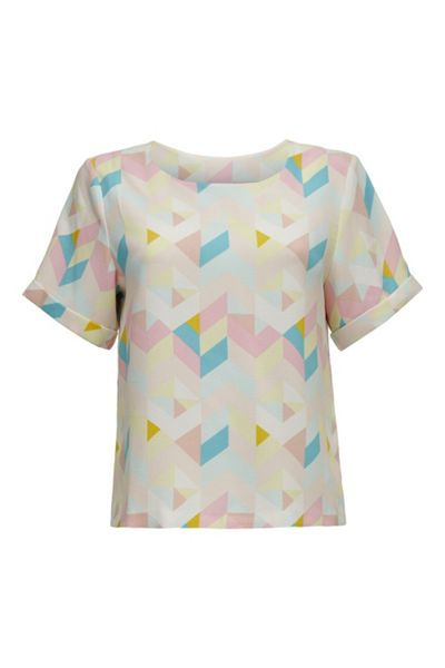 Almost Famous Geometric Print Tee