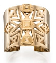 Gold cut out pattern ring