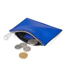 Essential pouch small