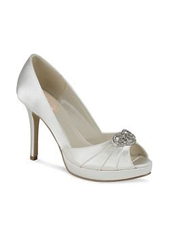 Lavish platform peep toe shoes