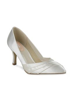 Pleated front classic court shoes