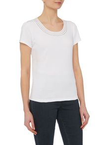 VIZ-A-VIZ Short Sleeve Neck Trim Top