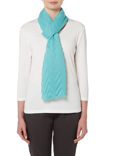 VIZ-A-VIZ Pleated Chevron Scarf