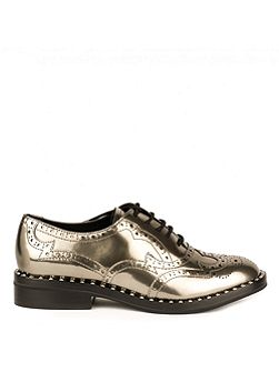 Wing brogues