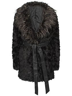 Urban Bliss Faux fur coat