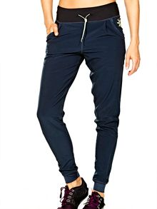 Elle Sport Woven Sleek Feel Pant