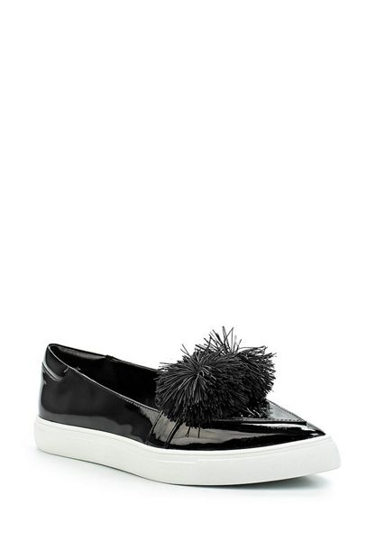 Lost Ink Tonic pom pom point plimsolls