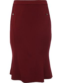 Curve Fluted Hem Skirt With Buttons