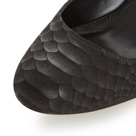 Dune Aggilera round toe court shoes