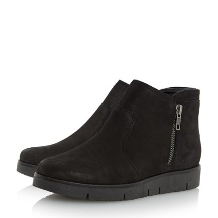 Linea Pullan zip wedge boots