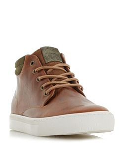 Scotty padded cuff chukka boots