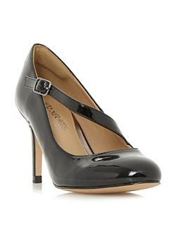 Anitta asymetric strap court shoes