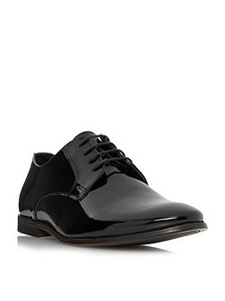 Realm p patent gibson shoe