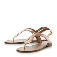 Steve Madden Takeaway sm toe post sandals