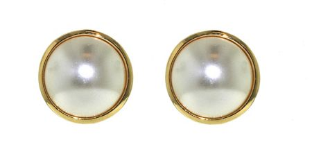 Lilli & Koe Pearl & Gold Surround Clip Earrings