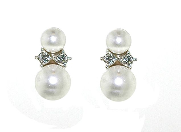 lilli and koe rhodium pearl and crystal pierced earrings
