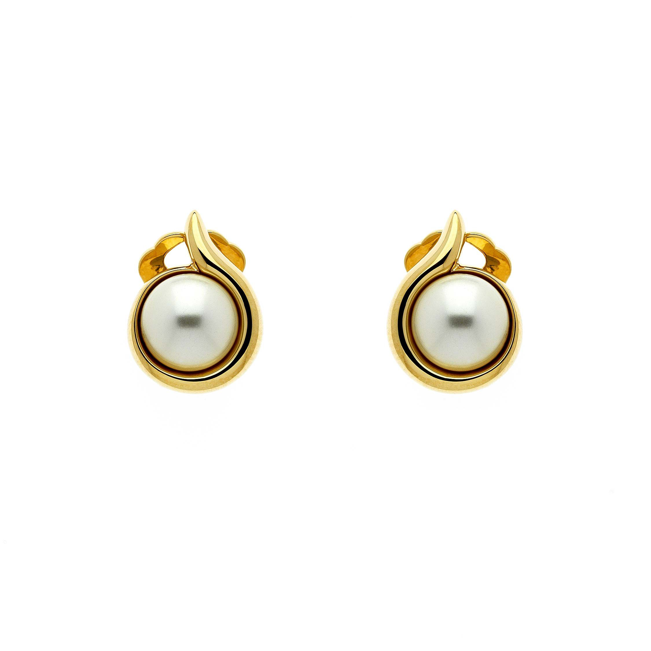 lilli and koe gold pearl curl clip earrings