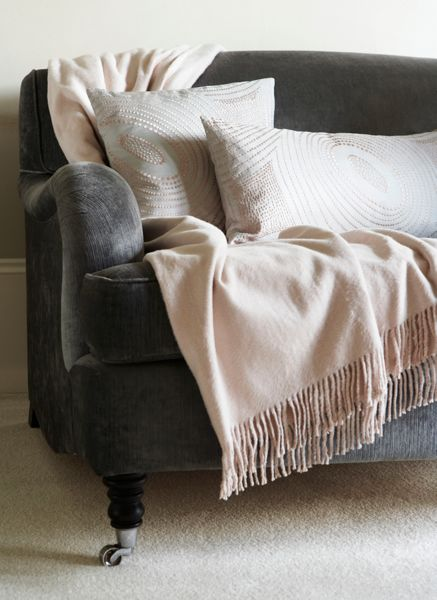 Gingerlily Ivory silk throw