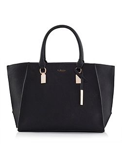Black Acacia shoulder bag