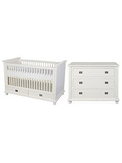 Shakery 2 Piece Nursery Furniture Set