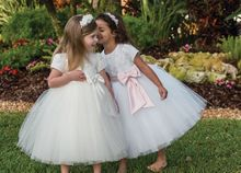 Girls tulle dress with bow