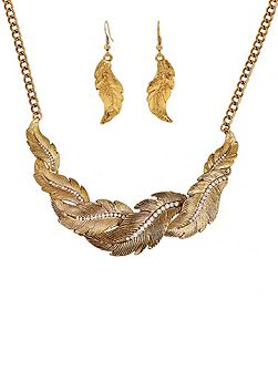 Crystal gold leaf necklace