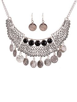 Silver gem drop necklace