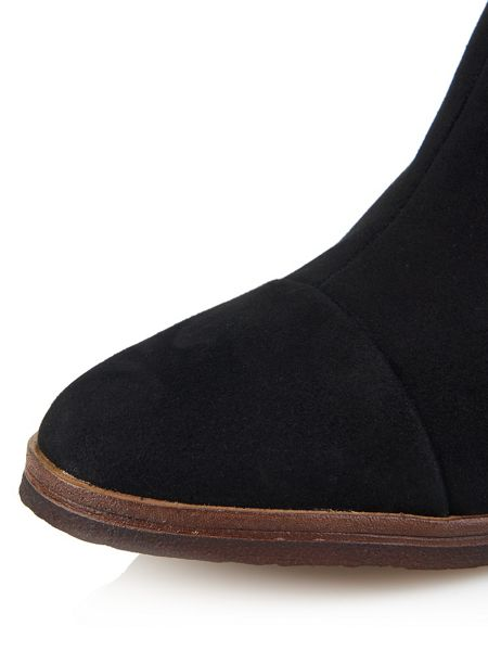 Cara London Low ankle boot