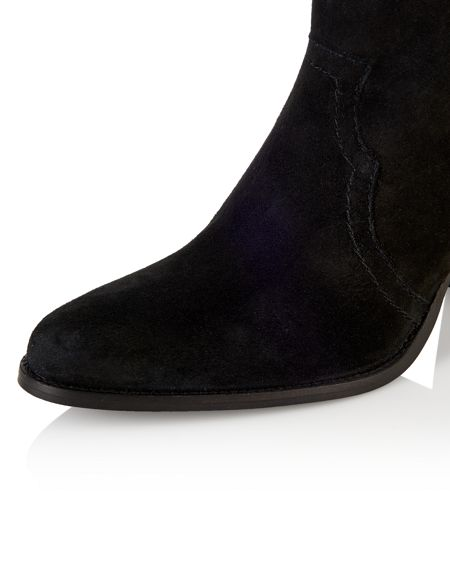 Cara Elderberry ankle boot