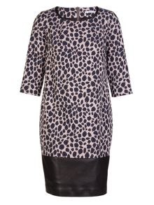 Xandres xline Plus Size Animal Jacquard dress