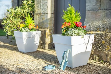 La Hacienda Capri square white plant pots - set of 3