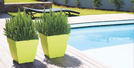 La Hacienda Capri square green plant pots - set of 3