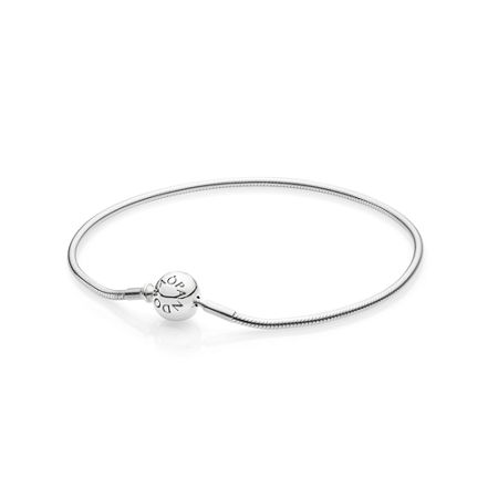 Pandora Essence collection bracelet in silver