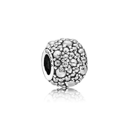 Pandora Shimmering droplets charm